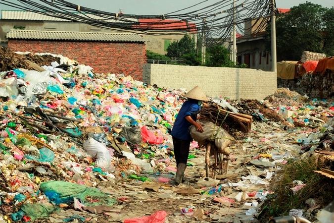 Các chất thải ra môi trường trong sinh hoạt