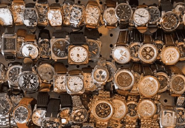 Thu mua đồng hồ cũ giá cao tận nơi