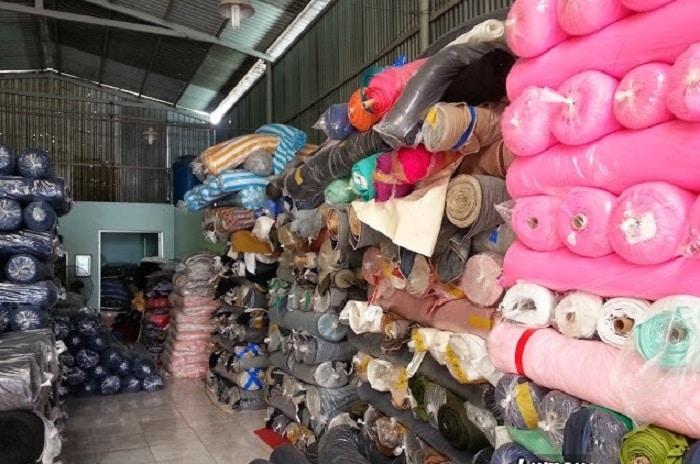 Vải tồn kho có thể tận dụng làm nhiều thứ có giá trị